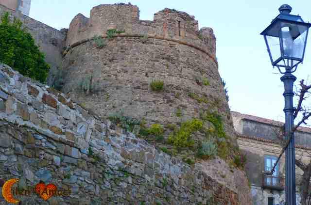 castello dell'abate R