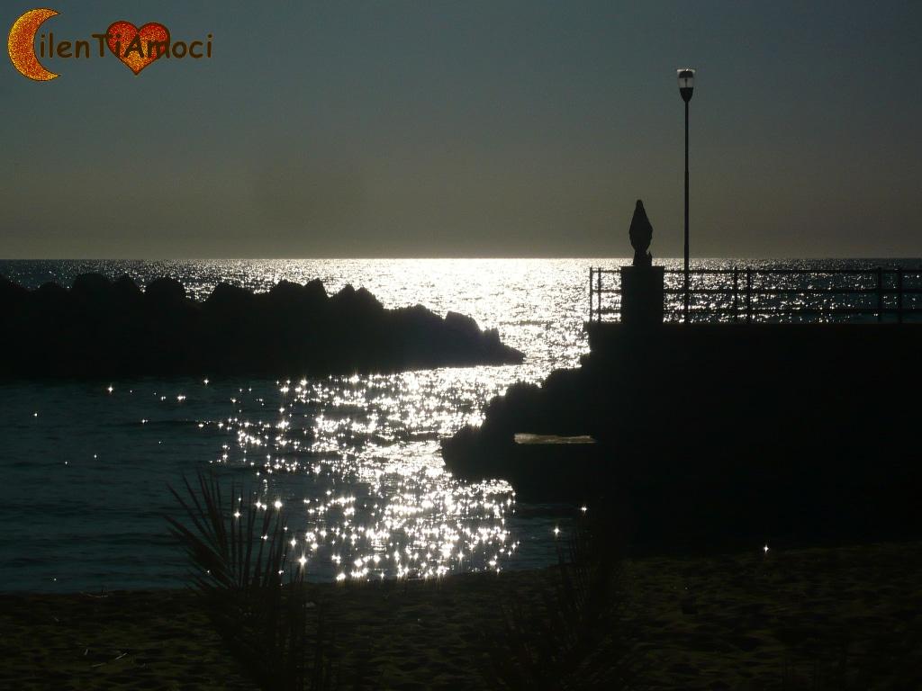 Madonna e spiaggia Scario Santa Maria di Castellabate