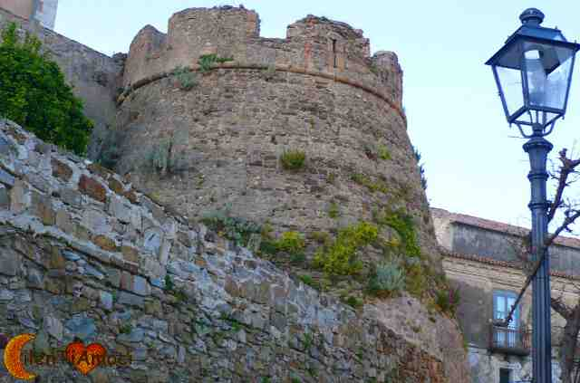 castello dell'abate R