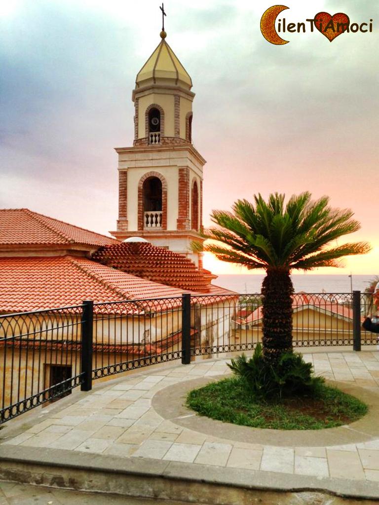 Santuario Santa Maria a Mare e piazza dei Caduti, Santa Maria di Castellabate